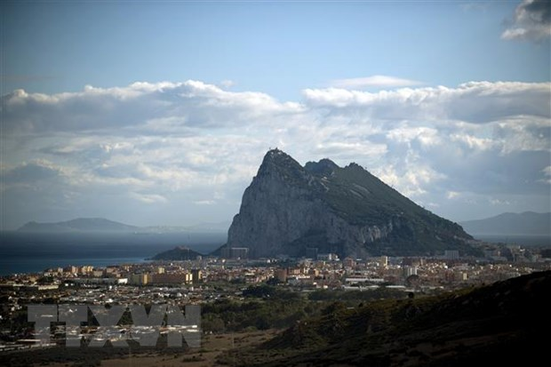 Tay Ban Nha doi Anh cam ket bang van ban ve quyen phu quyet Gibraltar hinh anh 1