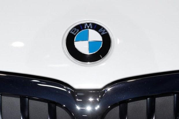 Lam gia giay to, chi nhanh cua BMW o Han Quoc bi phat 12,9 trieu USD hinh anh 1