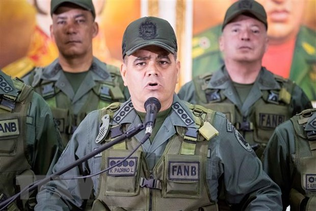 Venezuela bat giu cac quan chuc quan su vi danh cap vu khi hinh anh 1