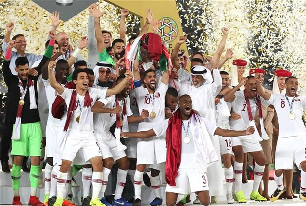 Doi tuyen Qatar - ong vua cua nhung ky luc Asian Cup 2019 hinh anh 1