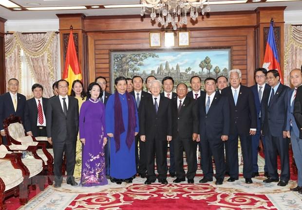 Toan van Tuyen bo chung CHXHCN Viet Nam-Vuong quoc Campuchia hinh anh 1