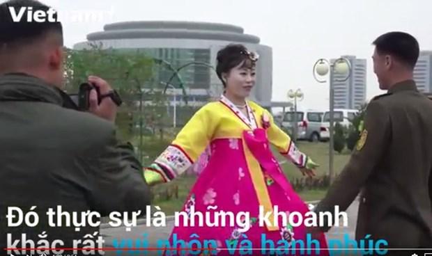 [Video] Nhung dieu thu vi trong dam cuoi cua co dau-chu re Trieu Tien hinh anh 1