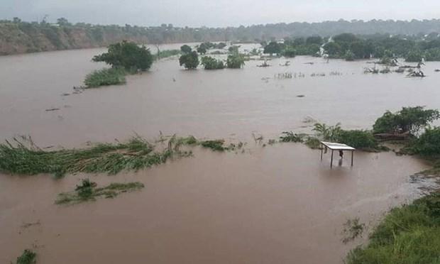Malawi: Lo dat cuon troi mot ngoi lang khien nhieu nguoi thuong vong hinh anh 1