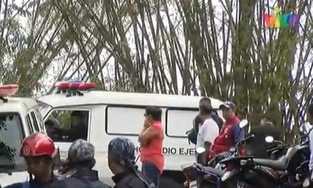Venezuela: May bay quan su bi thieu rui sau khi roi, khong ai song sot hinh anh 1