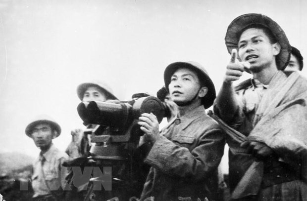 Chien thang Dien Bien Phu: Moc son cua nghe thuat quan su Viet Nam hinh anh 3