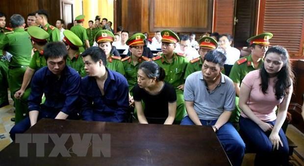 'Trum' ma tuy Van Kinh Duong va hotgirl Ngoc 'Miu' hau toa hinh anh 1