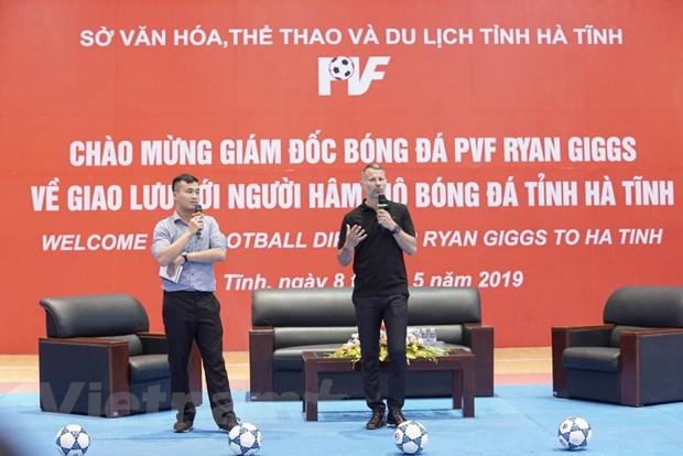 Ryan Giggs: Bong da hoc duong la chia khoa dua Viet Nam toi World Cup hinh anh 1