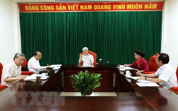 [Video] Tong Bi thu, Chu tich nuoc chu tri hop lanh dao chu chot hinh anh 1