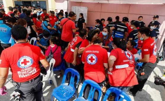 Philippines: Hon 200 thuc khach bi ngo doc trong tiec sinh nhat hinh anh 1