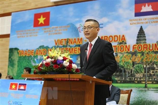 Cap nhat nhieu chinh sach moi cho doanh nghiep Viet Nam tai Campuchia hinh anh 1
