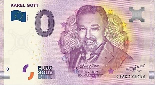 CH Sec phat hanh tien euro in chan dung danh ca noi tieng Karel Gott hinh anh 2