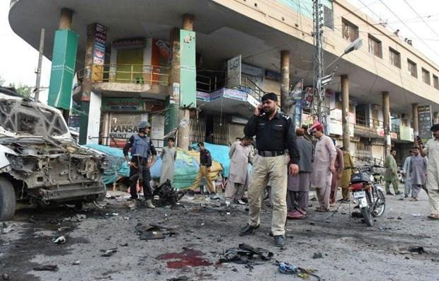 Pakistan: No bom gan don canh sat khien hon 30 nguoi thuong vong hinh anh 1