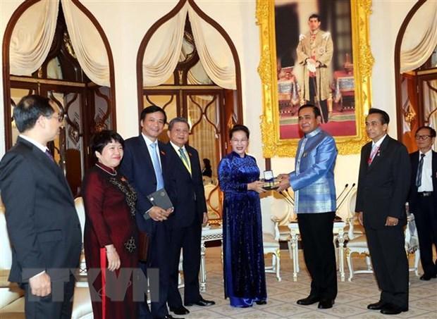 Chu tich Quoc hoi Nguyen Thi Kim Ngan hoi kien Thu tuong Thai Lan hinh anh 1