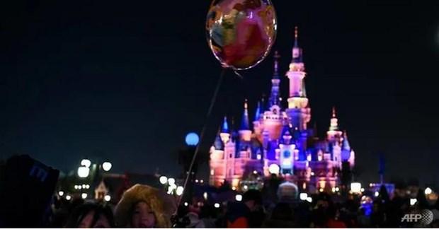 Cong vien giai tri Disneyland Thuong Hai 'cam cua' sau rieng hinh anh 1