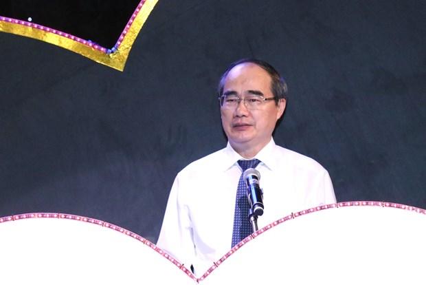 Chuong trinh ''Trai tim cho em'' mo ra tuong lai cho 5.200 cuoc doi hinh anh 1