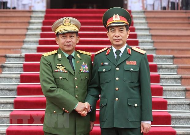 Tong Tu lenh cac luc luong vu trang Myanmar tham chinh thuc Viet Nam hinh anh 1