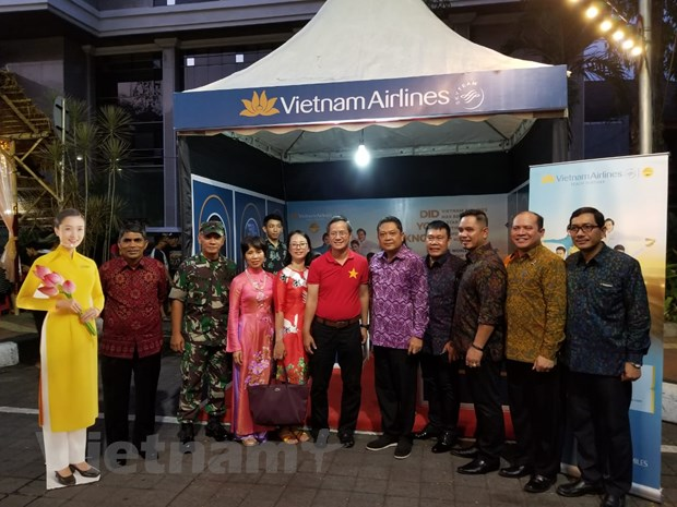 Viet Nam quang ba du lich tai Le hoi duong pho Denpasar o Indonesia hinh anh 1