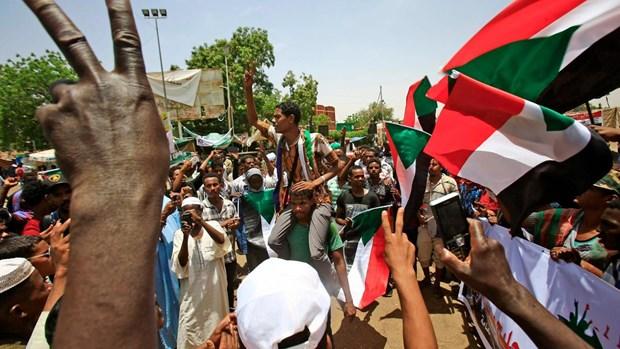 Sudan: Dau sung du doi tai hai can cu an ninh o thu do Khartoum hinh anh 1