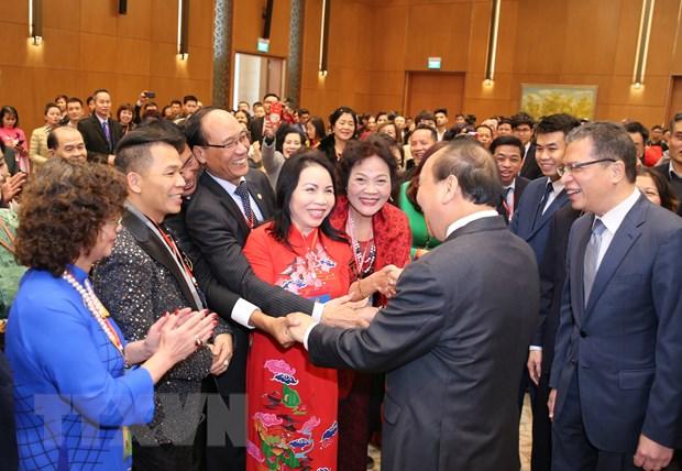 Hon 1.500 kieu bao ve tham du chuong trinh Xuan Que huong 2020 hinh anh 1