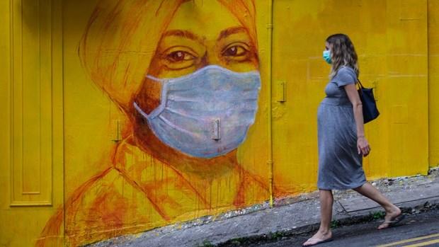 Phu nu mang thai nhiem SARS-CoV-2 lieu co truyen virus sang con? hinh anh 1