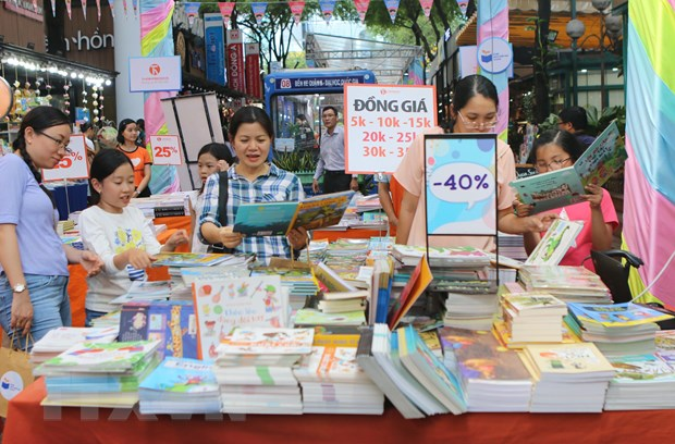 TP. Ho Chi Minh: Khai mac Hoi sach thieu nhi Mo trang sach-Ve uoc mo hinh anh 1