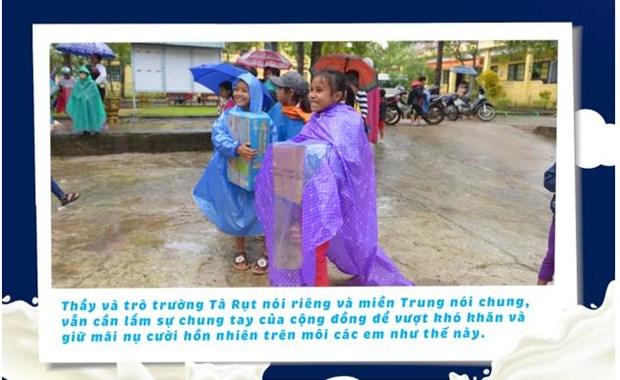 'Co gai Ha Lan' chung tay chia se cung hoc tro vung lu Quang Tri hinh anh 4
