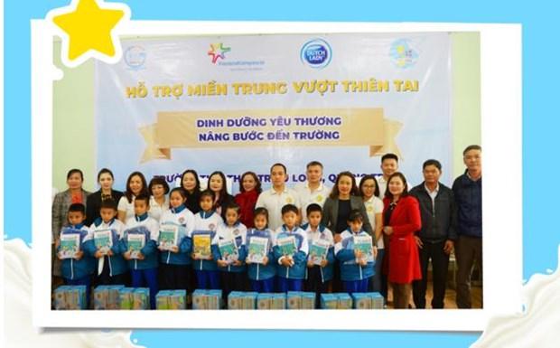 'Co gai Ha Lan' chung tay chia se cung hoc tro vung lu Quang Tri hinh anh 5