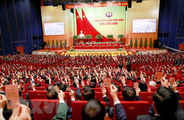 Nhin lai Dai hoi XIII cua Dang Cong san Viet Nam: Vung mot niem tin hinh anh 2