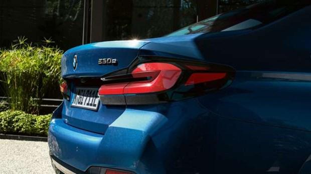 BMW 5 Series moi chinh thuc ra mat tai Viet Nam: Thay doi de dan dau hinh anh 2
