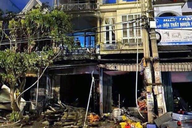 Quang Ninh: Ngoi nha 4 tang boc chay khien mot phu nu tu vong hinh anh 1