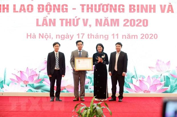 Giu vung va phat huy truyen thong nganh Lao dong-Thuong binh va Xa hoi hinh anh 2