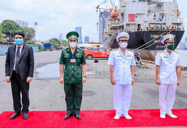 An Do tang may tao oxy va oxy y te long ho tro Viet Nam chong COVID-19 hinh anh 1