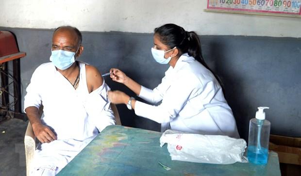 An Do rut ngan thoi gian giua hai mui vaccine cua AstraZeneca hinh anh 1