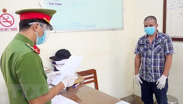 An Giang: Khoi to doi tuong khai bao gian doi, lam lay lan COVID-19 hinh anh 1