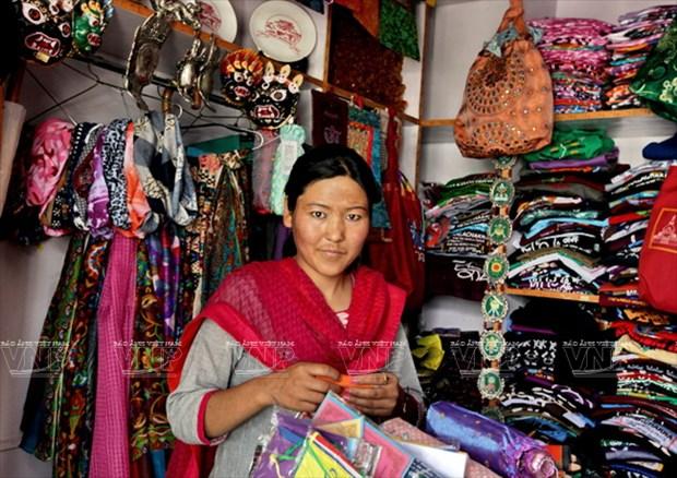 Hanh huong Thanh dia Ladakh: Ve dep hoang da va than bi hinh anh 11