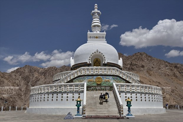 Hanh huong Thanh dia Ladakh: Ve dep hoang da va than bi hinh anh 8
