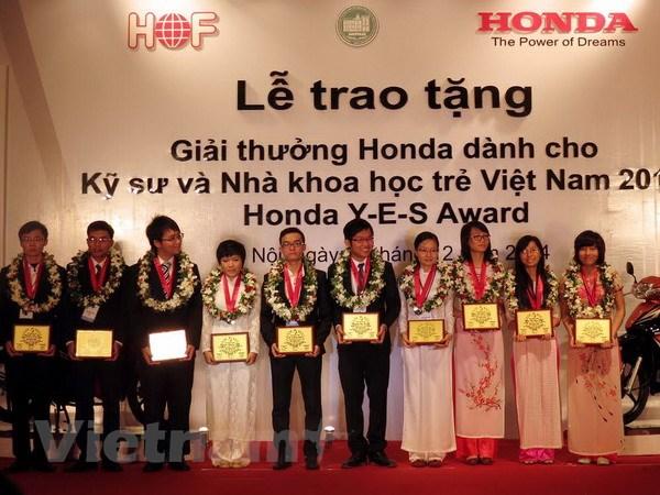 Honda trao giai thuong cho ky su va nha khoa hoc tre Viet Nam hinh anh 1