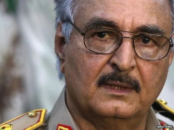 Bo nhiem tuong Khalifa Haftar lam Tong Tu lenh quan doi Libya hinh anh 1