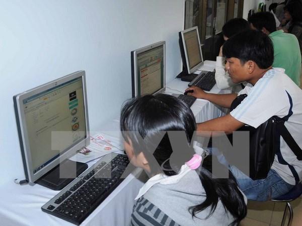 Ngay hoi Internet den voi nguoi dan va du khach o Thua Thien-Hue hinh anh 1