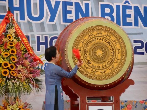 Pho Chu tich nuoc du khanh thanh truong THPT chuyen Bien Hoa hinh anh 1