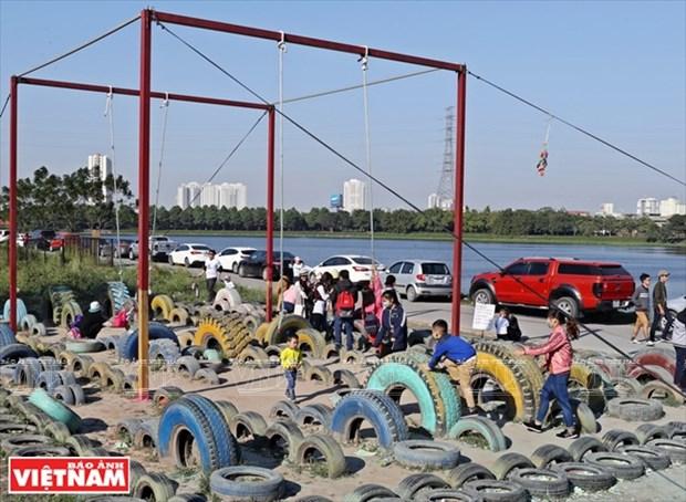 Nhom Think Playgrounds va giac mo san choi mien phi cho tre hinh anh 1