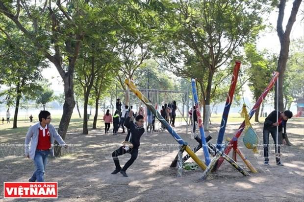 Nhom Think Playgrounds va giac mo san choi mien phi cho tre hinh anh 4