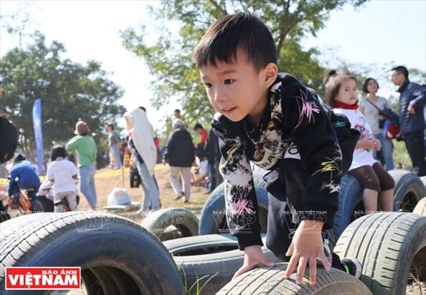 Nhom Think Playgrounds va giac mo san choi mien phi cho tre hinh anh 6