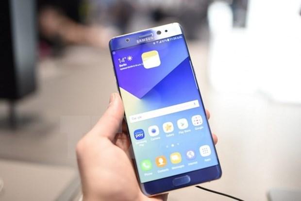 Dien thoai cao cap chi chiem gan 30% tong doanh so cua Samsung hinh anh 1