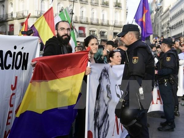 Trung cau dan y cua nguoi Kurd, vung Catalonia: Mam hoa khon luong hinh anh 1