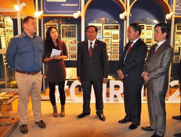 Nga: Viet Nam nen xem xet van de amiang trong khuon kho EAEU hinh anh 3