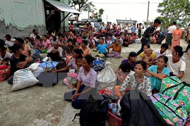 Myanmar noi lai hoa dam voi nhom vu trang khong ky lenh ngung ban hinh anh 1