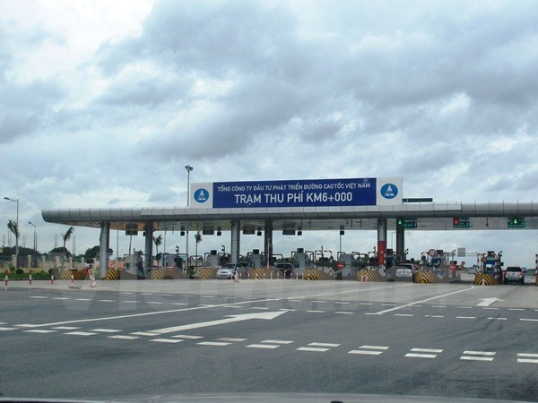 Them mot tram thu phi hoat dong tren cao toc Noi Bai-Lao Cai hinh anh 1