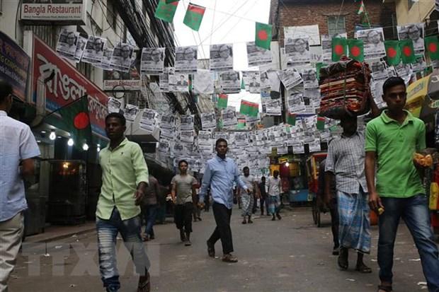 Bangladesh lan dau tien cam toan bo xe co trong ngay tong tuyen cu hinh anh 1
