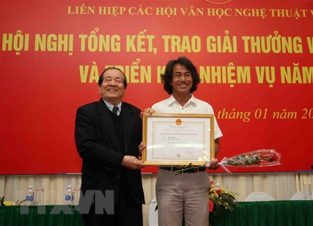 65 tac pham xuat sac nhan Giai thuong Van hoc nghe thuat nam 2018 hinh anh 1